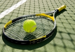 Hone your game at these outdoor tennis courts in Toronto