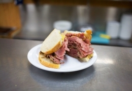 Top Montreal smoked meat sandwich restaurants