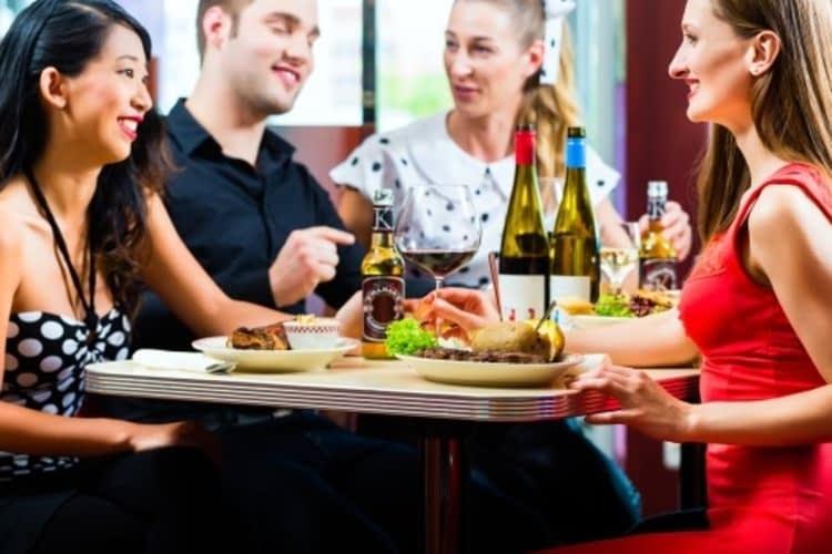 9 secrets pour bien manger au resto