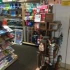 Hallmark Card Shop - Boutiques de cadeaux - 204-889-5861