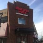 Shoeless Joe's - Restaurants - 905-668-0082