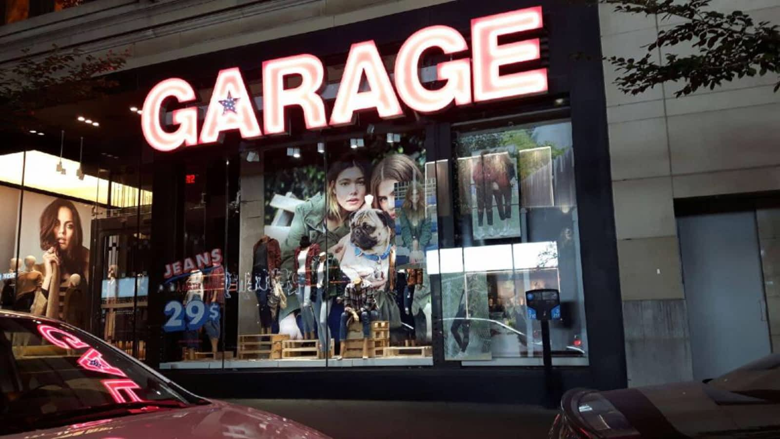 Garage opening hours 1111 rue sainte catherine o for Opening a storefront business