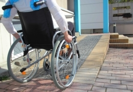 Wheelchair accessible restaurants in Edmonton