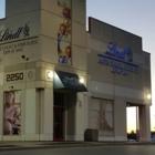 Lindt Chocolate Boutique - Magasins de bonbons et de confiseries - 416-292-4029