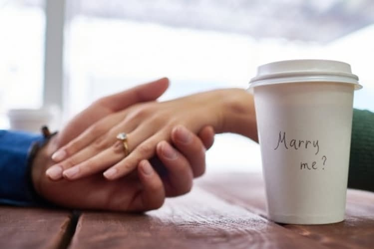5 romantic ways to propose in Toronto