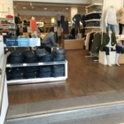 GAP - Women's Clothing & Accessory Stores - 514-848-0058