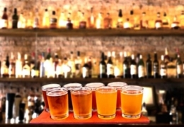 It's beer o'clock: Bars for beer in Vancouver's Gastown