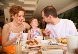 Brunch + kids + good food = happiness in Quebec City