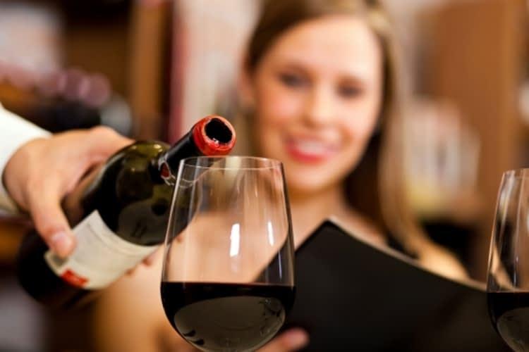 Top 7 restos «Apportez votre vin» à Montréal