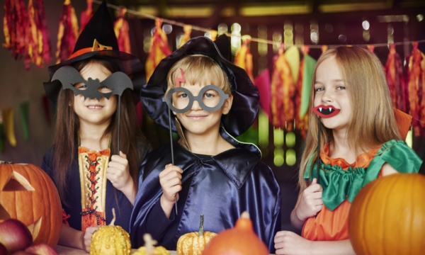 Edmonton costume and party shops ideal for Halloween