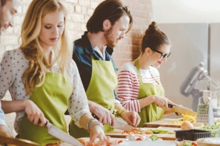 Devenez le prochain grand chef grâce à ces cours de cuisine