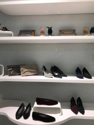 Stuart Weitzman - Shoe Stores