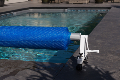 Rocky's Reel Systems - Swimming Pool Supplies & Equipment - 1-800-663-8705