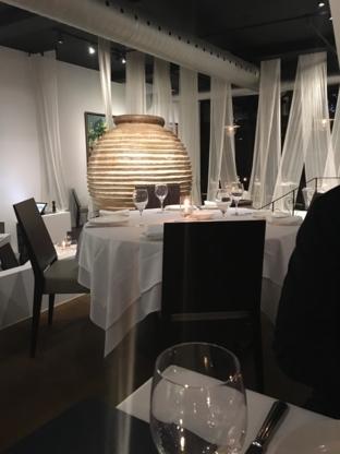 Milos Restaurant - Restaurants de fruits de mer - 514-272-3522