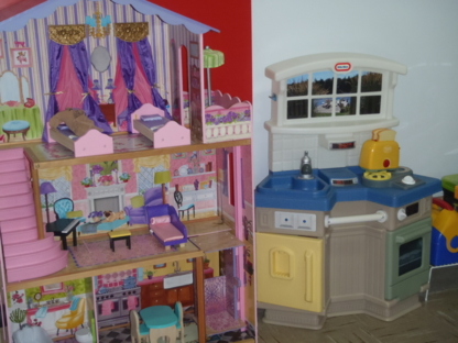 Petits Genies - Childcare Services