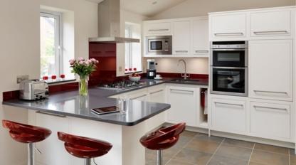 Armoires et Portes Miranda - Kitchen Cabinets