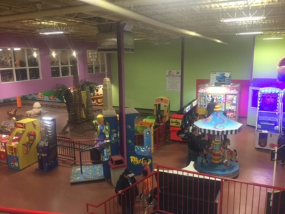 Midway Family Fun Park - Amusement Places - 613-526-0343