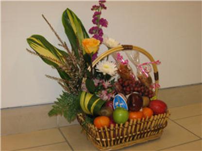 Fleuriste Aux Fleurs du Temps - Florists & Flower Shops - 418-683-3033