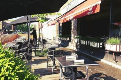 Bistro Chez Roger - Bars - 514-593-4200