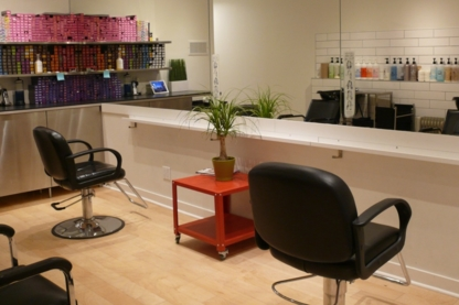 Cameron Hair Studio - Hairdressers & Beauty Salons - 289-309-8907