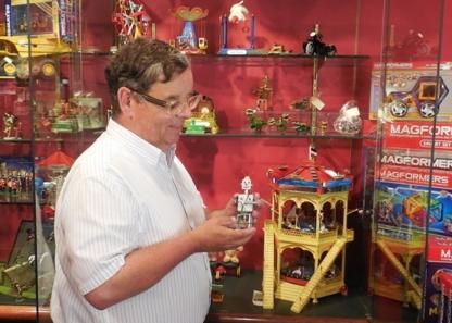 Livingstone & Cavell Extraordinary Toys Inc - Gift Shops - 403-270-4165