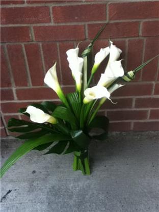 Les Fleurs d'Alicia - Florists & Flower Shops - 418-634-1230