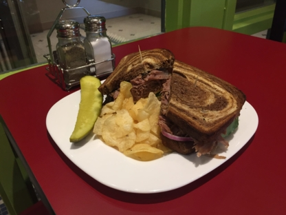 Wally's Deli - American Restaurants - 705-719-7477