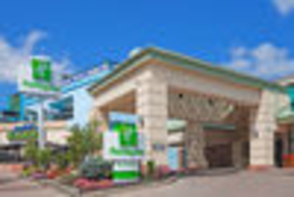 Holiday Inn Niagara Falls - By The Falls - Hotels