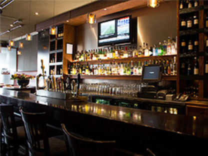 Morgans On The Danforth - Restaurants - 416-461-3020