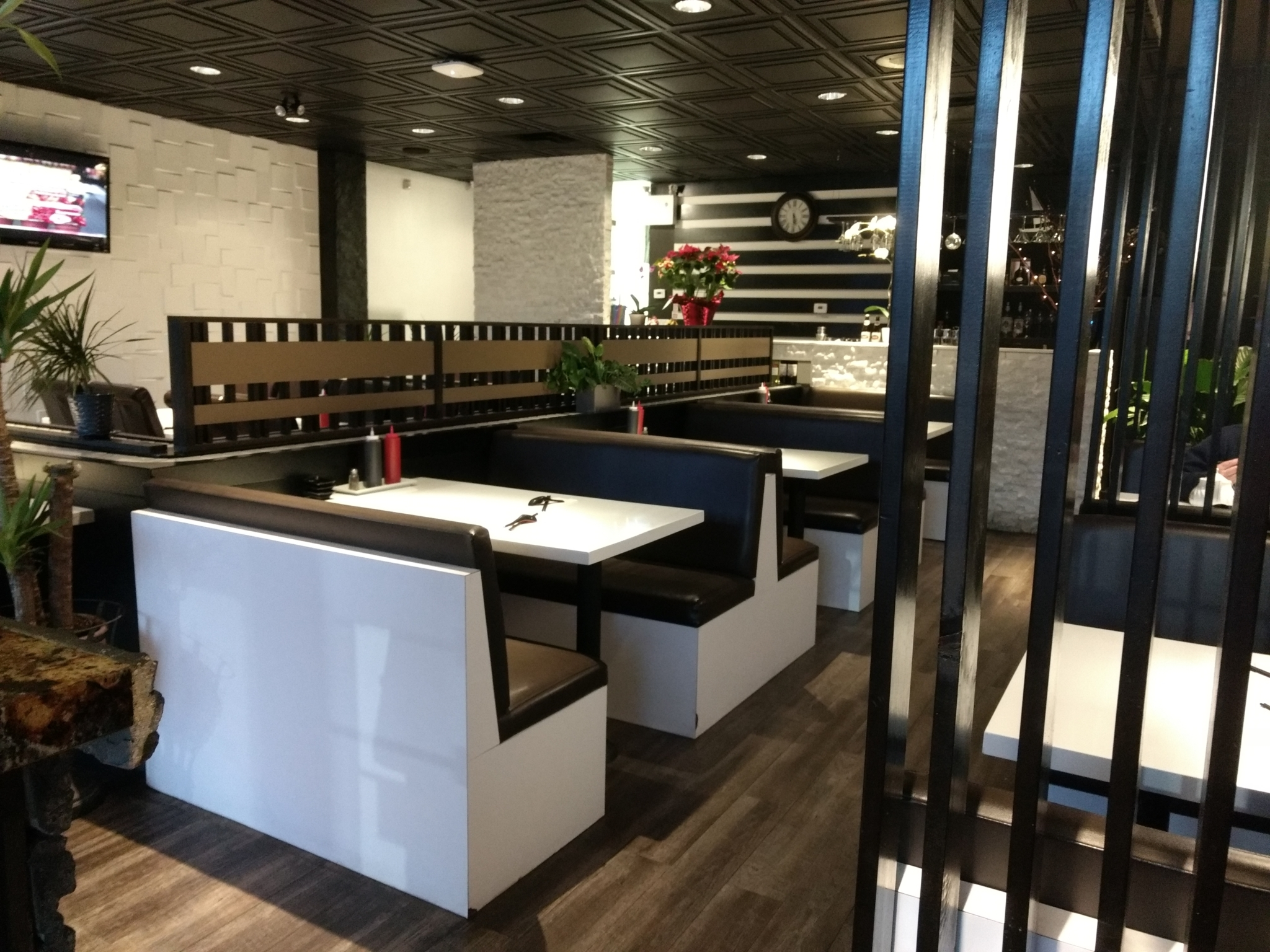 Pho Restaurant Open Late Calgary