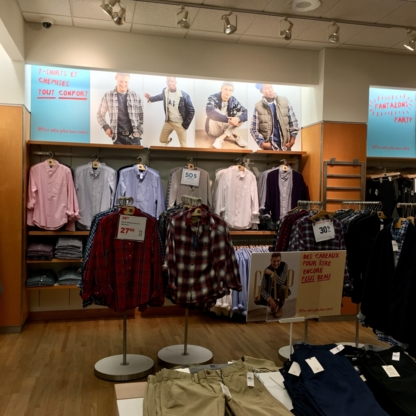 GAP - Clothing Stores - 450-686-4027