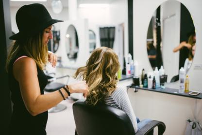 Studio B Espace Beauté - Salons de coiffure et de beauté