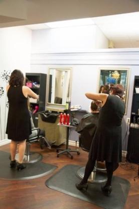Sabio Salon - Salons de coiffure et de beauté - 506-853-0184