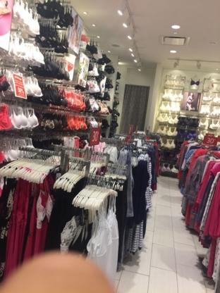 Lilianne Lingerie - Lingerie Stores - 450-979-9452