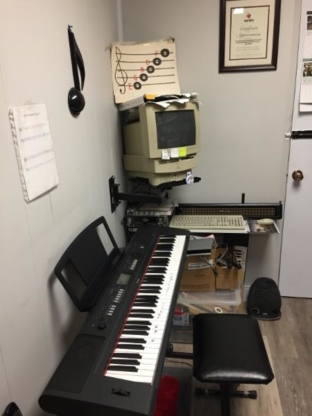 Keyboard Ventures Music School - Boutiques informatiques - 204-955-5428