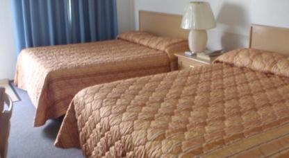 Trans Canada Motel - Motels