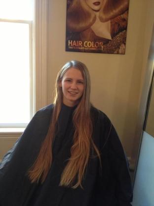 Capelli Hair Studio - Épilation à la cire - 705-293-0738