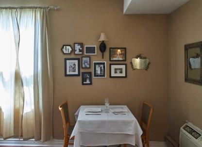 Chelsea Restaurant - Restaurants