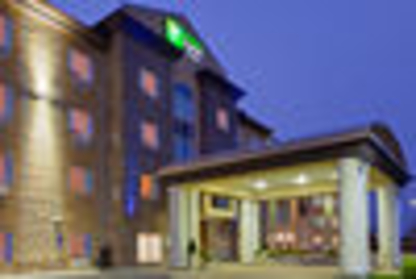 Holiday Inn Express & Suites Airport-Calgary - Hotels - 1-877-654-0228