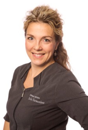 Clinique Dentaire Julie Normandeau Inc - Traitement de blanchiment des dents - 418-836-2442