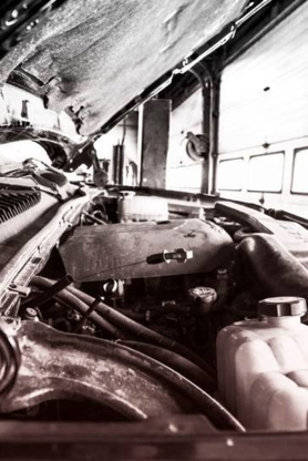 Pit Stop Automotive - Auto Repair Garages