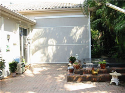 Steve's Retractable Screens - Door & Window Screens - 519-572-5740