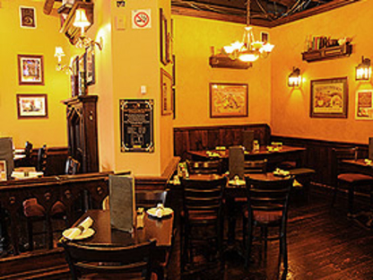 Foggy Dew Irish Alehouse and Pub - Burger Restaurants - 416-703-4042