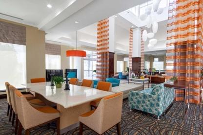 Hilton Garden Inn Toronto/Oakville - Hotels - 905-829-1145