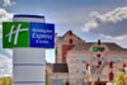 Holiday Inn Express & Suites Lethbridge - Hôtels