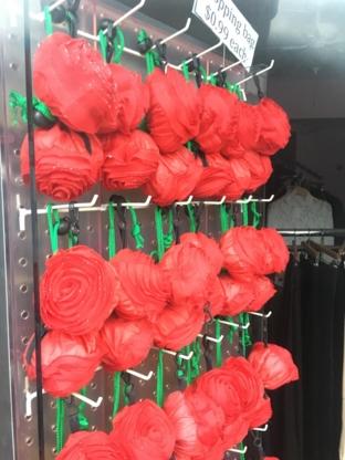 In Vogue - Florists & Flower Shops - 604-298-3838