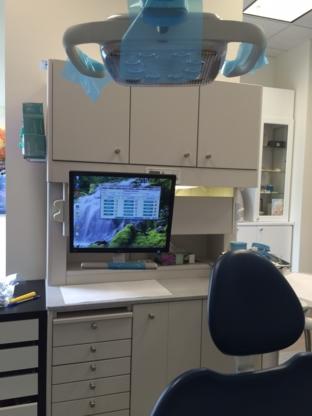 Clinique Dentaire Dumont Rondeau Seguin - Dentistes - 819-561-9191