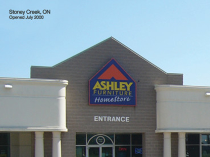 Ashley HomeStore - Magasins de meubles - 905-643-4646
