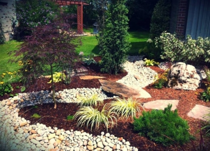 Disher's Landscaping - Landscape Contractors & Designers - 519-455-8454