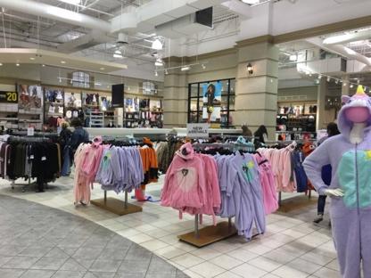 Urban Planet - Sportswear Stores
